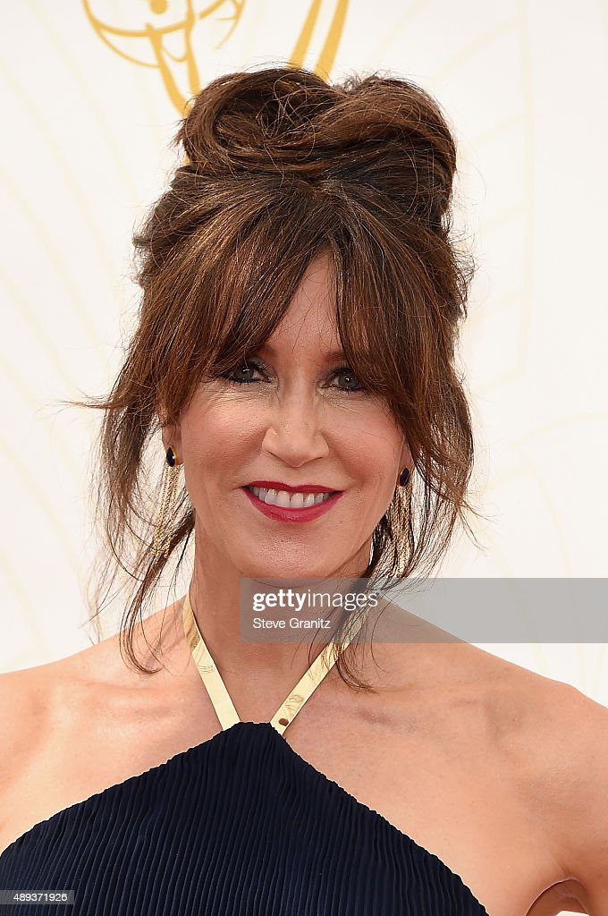 Actress Felicity Huffman attends the 67th Annual Primetime Emmy Awards at Microsoft Theater on September 20, 2015 in Los Angeles, California.