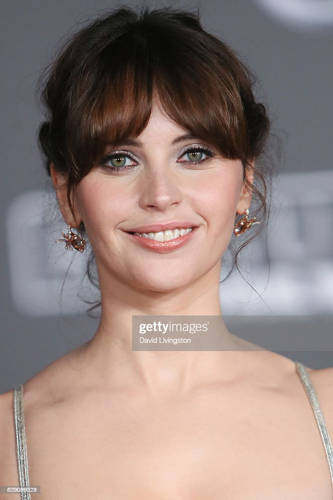 Actress Felicity Jones arrives at the premiere of Walt Disney Pictures and Lucasfilm's 'Rogue One: A Star Wars Story' at the Pantages Theatre on December 10, 2016 in Hollywood, California.
