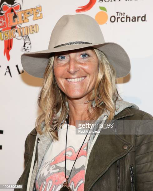 Actress / Film Producer Elizabeth BlakeThomas attends the arrivals for the live performance of the Rock Band Six Gun Sal at Boardners Restaurant on...