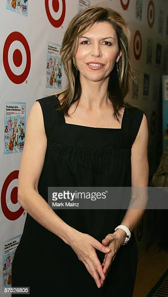 Actress Finola Hughes attends the party to celebrate Jane Buckingham's new novel at the Beverly Wilshire Hotel on May 3 2006 in Beverly Hills...