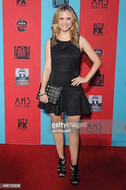 Actress Fiona Gubelmann arrives at the Los Angeles Premiere American Horror Story Freak Show at TCL Chinese Theatre IMAX on October 5 2014 in...