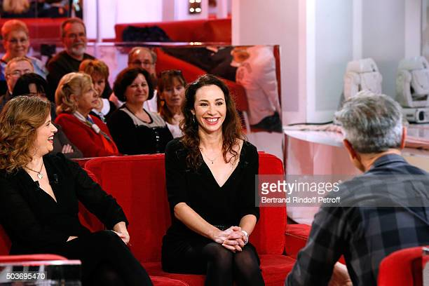 Actress Florence Darel Autor of the Piece Isabelle Le Nouvel and Main guest of the Show Actor Thierry Lhermitte present the Theater Play Le Syndrome...