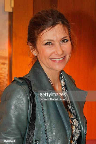 Actress Florence Pernel attends the private screening of the film De L'Autre Cote Du Periph directed by David Charhon on December 11 2012 in Paris...