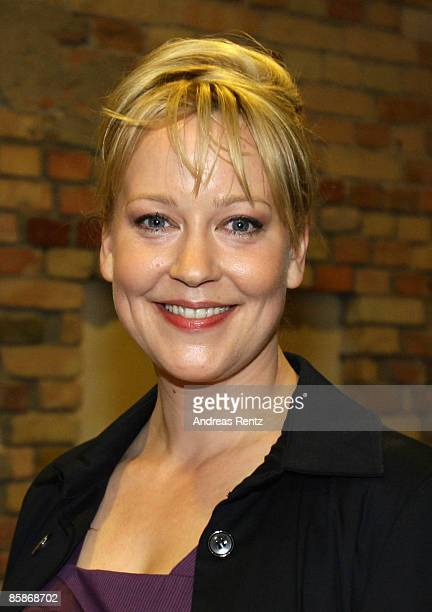 Actress Floriane Daniel arrives for the premiere of 'So gluecklich war ich noch nie' at the cinema at the KulturBrauerei on April 8 2009 in Berlin...