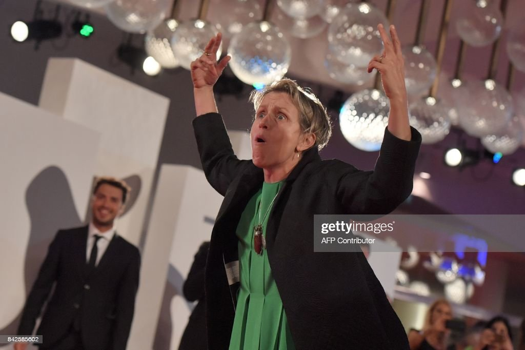 Actress Frances McDormand attends the premiere of the movie 'Three Billboards Outside Ebbing, Missouri' presented in competition at the 74th Venice Film Festival on September 4, 2017 at Venice Lido. / AFP PHOTO / Tiziana FABI
