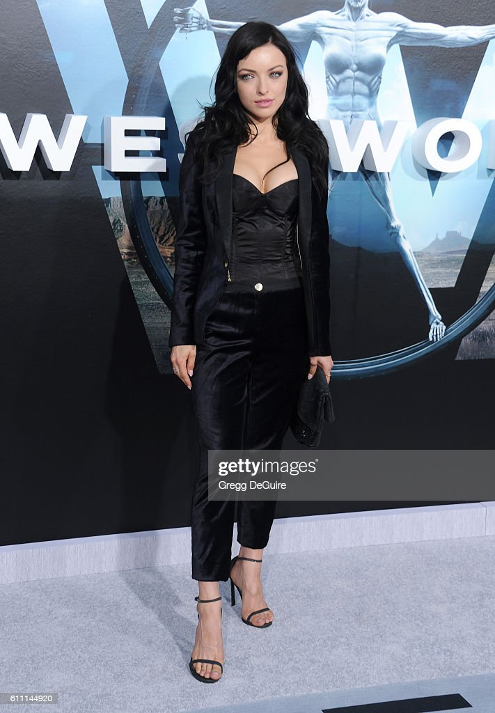 """Premiere Of HBO's """"Westworld"""" - Arrivals"""
