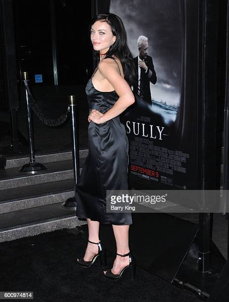 Actress Francesca Eastwood attends the Los Angeles industry screening of Warner Bros Pictures' 'Sully' at Directors Guild Of America on September 8...