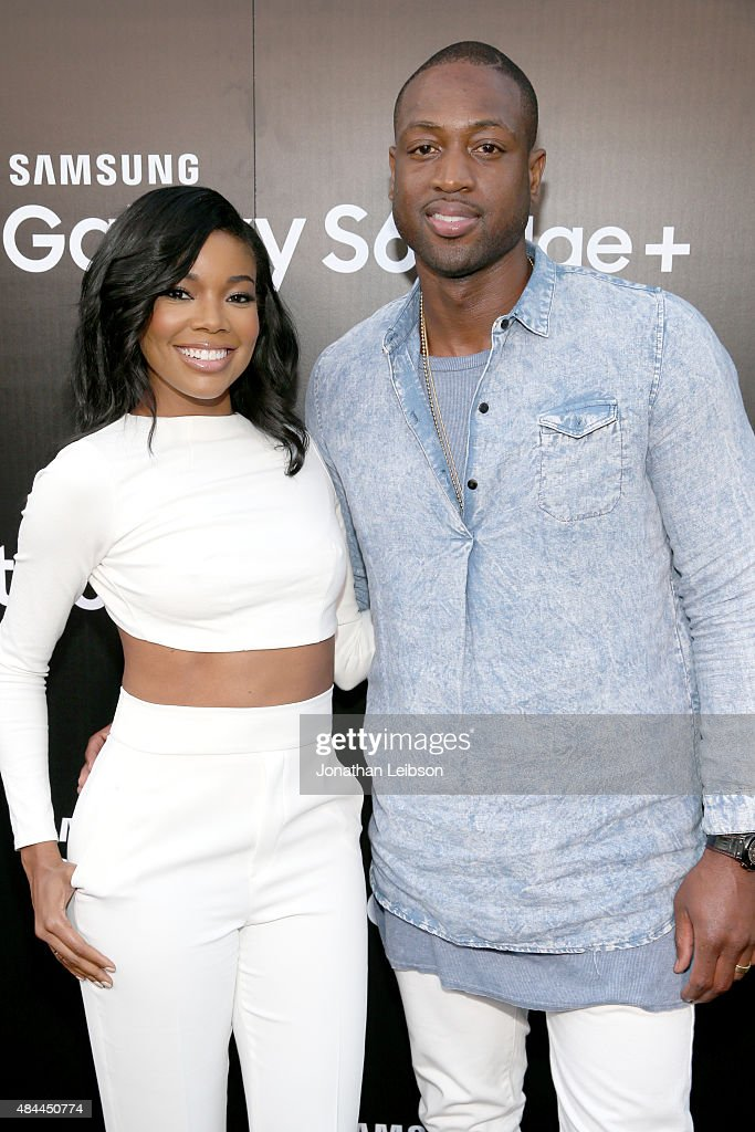 Actress Gabrielle Union (L) and NBA player Dwyane Wade celebrate the new Samsung Galaxy S6 edge+ and Galaxy Note5 at Launch Event on August 18, 2015 in Los Angeles, California.