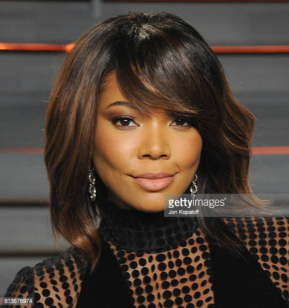 Actress Gabrielle Union arrives at the 2016 Vanity Fair Oscar Party Hosted By Graydon Carter at Wallis Annenberg Center for the Performing Arts on...