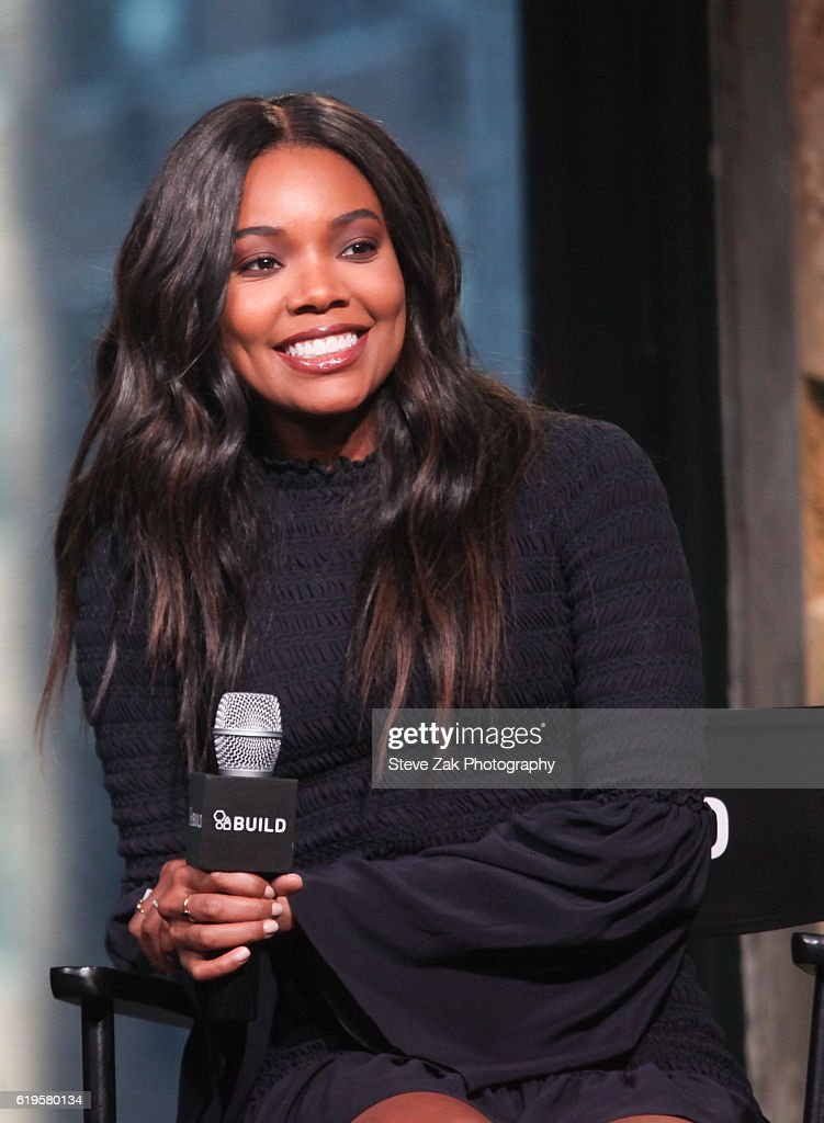 The Build Series Presents Gabrielle Union, Danny Glover, Romany Malco, J.B. Smoove and Nicole Ari Parker Discussing 'Almost Christmas' : News Photo