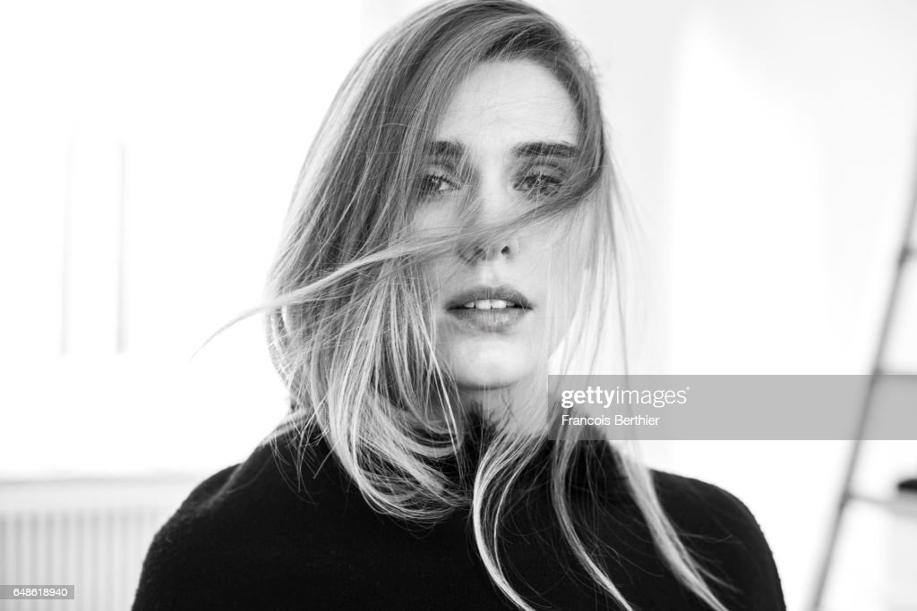 Gaia Weiss, Self Assignment, January 2017