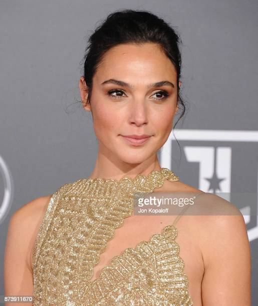 Actress Gal Gadot attends the Los Angeles Premiere of Warner Bros Pictures' Justice League at Dolby Theatre on November 13 2017 in Hollywood...