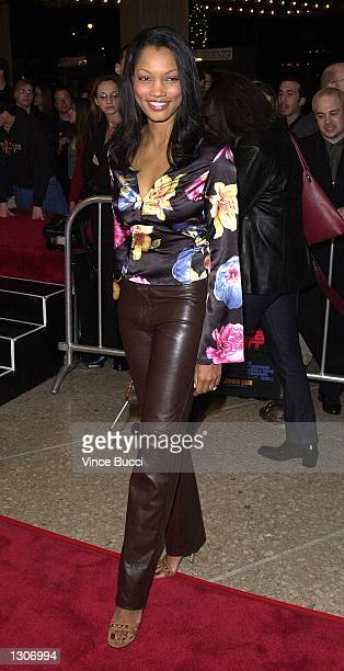 Actress Garcelle Beauvais attends the premiere of the film 'Vertical Limit' December 3 2000 in Los Angeles CA