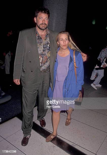 Actress Genie Francis and husband actor Jonathan Frakes arrive from Hawaii on January 2 1994 at the Los Angeles International Airport in Los Angeles...