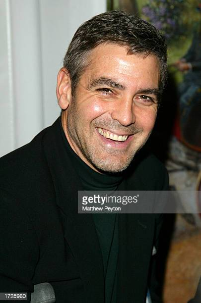 Actress George Clooney arrives at the National Board of Review of Motion Pictures 2002 Annual Awards Gala CoHosted by Biography Magazine at the...