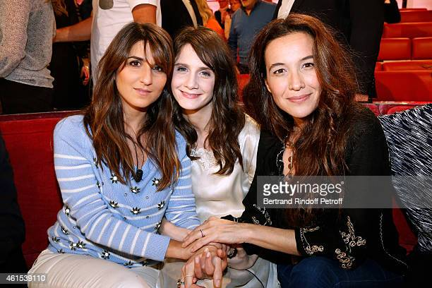 Actress Geraldine Nakache Judith Chemla and Yael Abecassis present the movie 'Rendez vous a Atlit' the 'Vivement Dimanche' French TV Show at Pavillon...