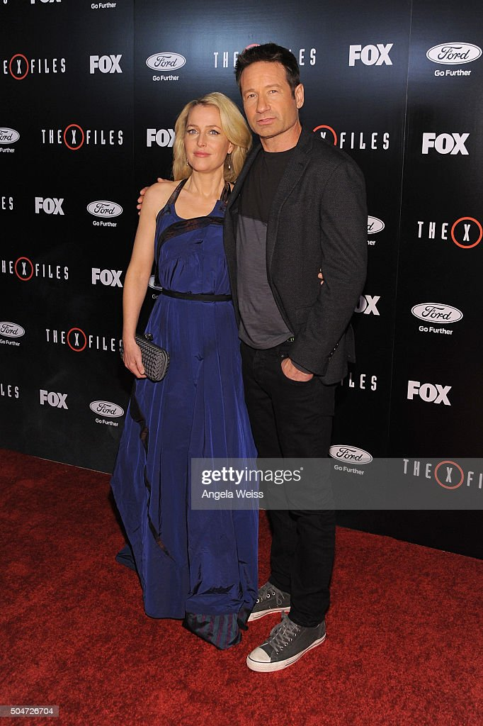 "Premiere Of Fox's ""The X-Files"" - Arrivals : News Photo"