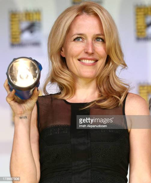 Actress Gillian Anderson attends the 20th Anniversary celebration of the XFiles with TV Guide Magazine during ComicCon International 2013 at San...