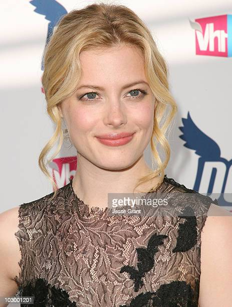 Actress Gillian Jacobs arrives at the 2010 VH1 Do Something! Awards held at the Hollywood Palladium on July 19, 2010 in Hollywood, California.