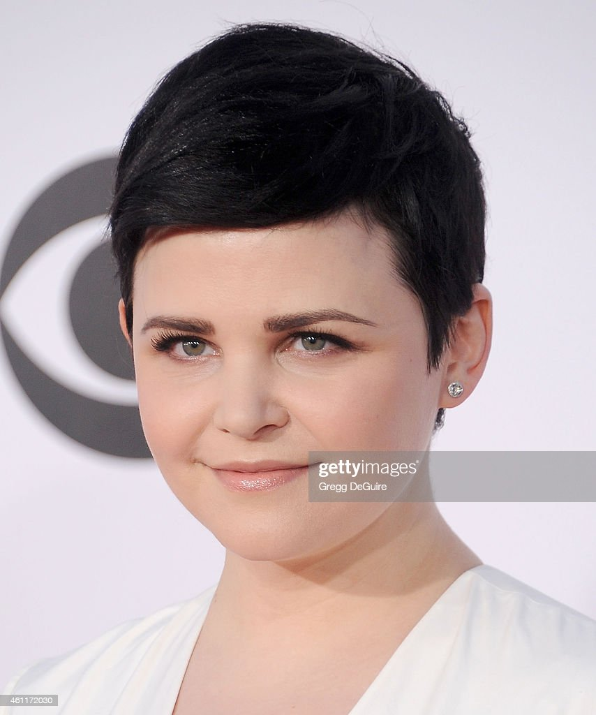 Actress Ginnifer Goodwin arrives at The 41st Annual People's Choice Awards at Nokia Theatre LA Live on January 7, 2015 in Los Angeles, California.