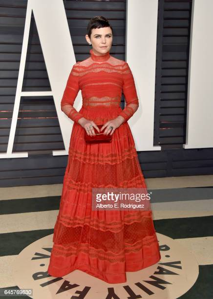 Actress Ginnifer Goodwin attends the 2017 Vanity Fair Oscar Party hosted by Graydon Carter at Wallis Annenberg Center for the Performing Arts on...