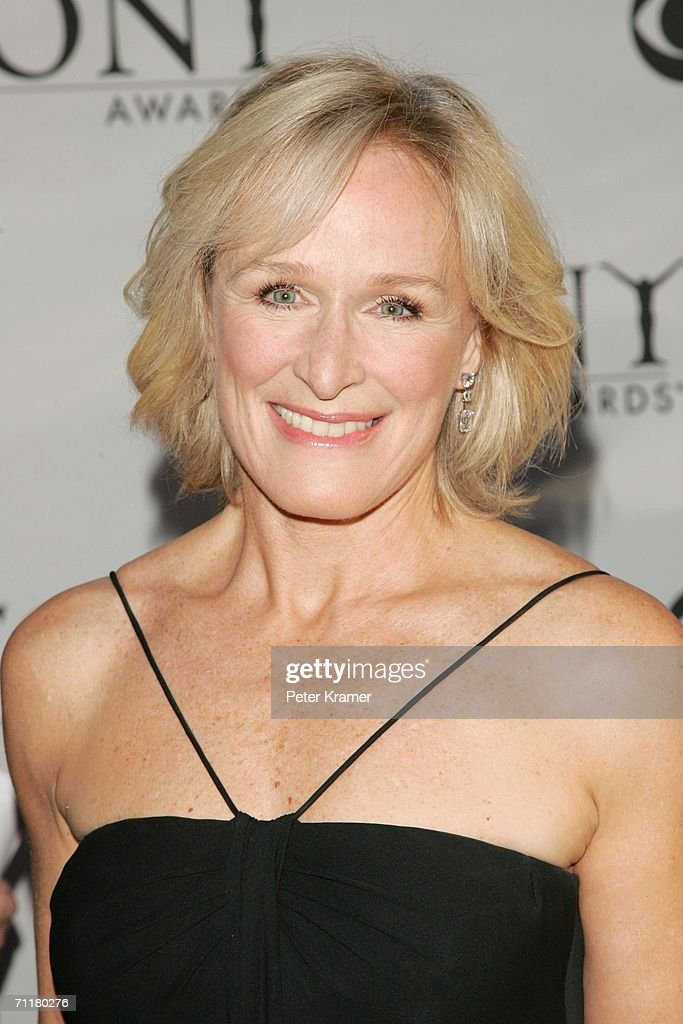 Actress Glenn Close attends the 60th Annual Tony Awards at Radio City Music Hall June 11, 2006 in New York City.
