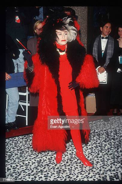 Actress Glenn Close stands in costume at the premiere of the film 101 Dalmatians November 18 1996 in New York City Close plays the role of Cruella De...
