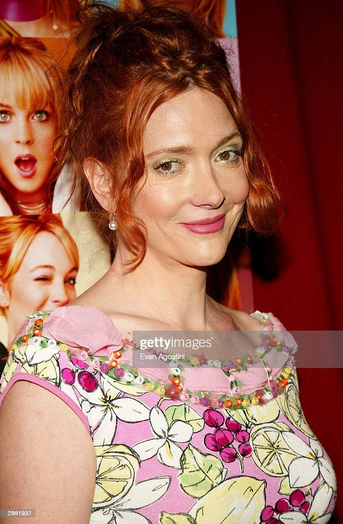Actress Glenne Headly attends the 'Confessions Of A Teenage Drama Queen' premiere at the Loews E-Walk Theater February 17, 2004 in New York City.