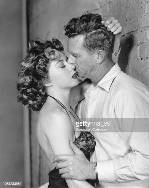 Actress Gloria Grahame and Sterling Hayden in a scene from the movie Naked Alibi