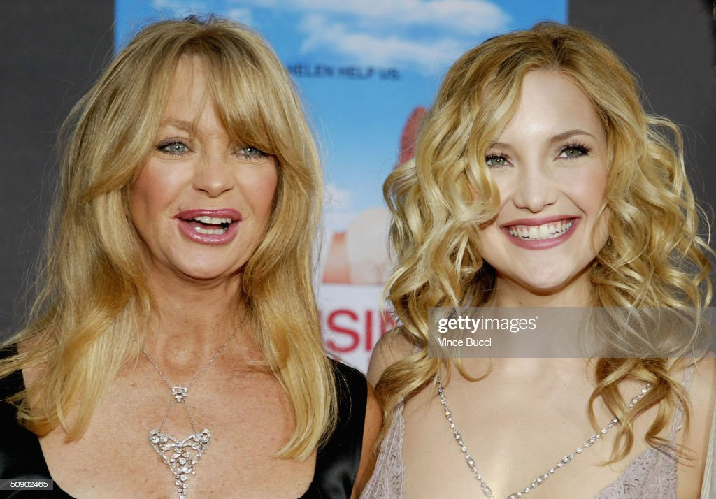 "Premiere Of Disney's ""Raising Helen"" - Arrivals"