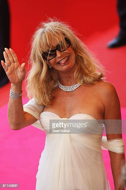 Actress Goldie Hawn arrives at the Indiana Jones and The Kingdom of The Crystal Skull Premiere at the Palais des Festivals during the 61st...