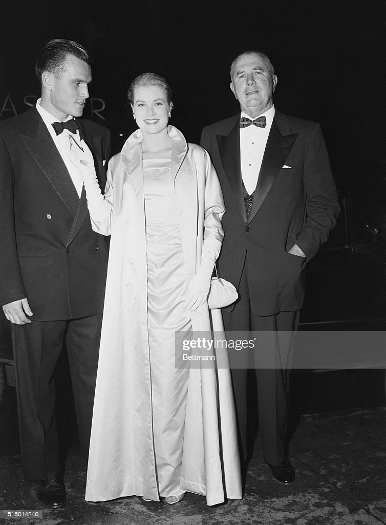 Portrait Of Grace Kelly With Her Father And Brother News Photo