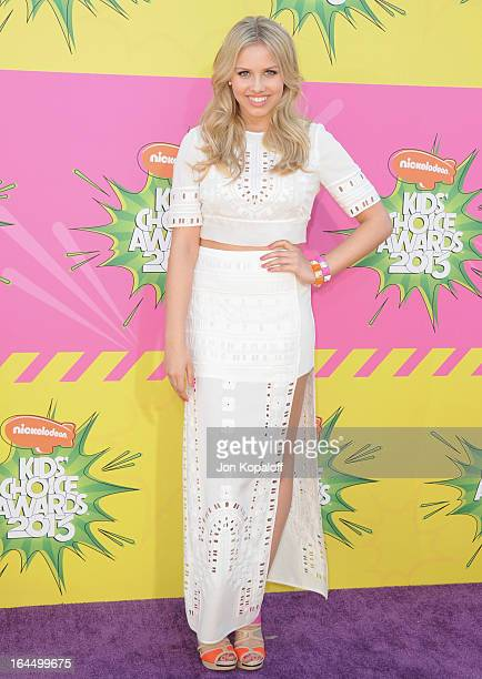 Actress Gracie Dzienny arrives at Nickelodeon's 26th Annual Kids' Choice Awards at USC Galen Center on March 23 2013 in Los Angeles California