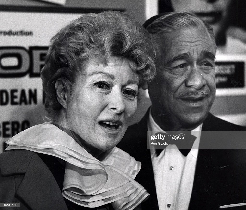 613771eae71ae Actress Greer Garson and husband Buddy Fogelson attend the premiere ...