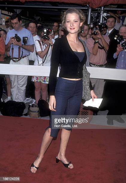 Actress Gretchen Mol attends the 'Fear and Loathing in Las Vegas' New York City Premiere on May 19 1998 at Loews 34th Street Theater in New York City...