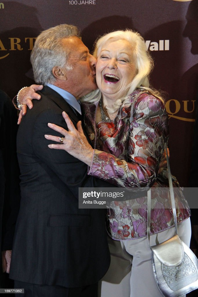 Actress Gwyneth Jones and actor Dustin Hoffman attend the 'Quartet' Berlin Photocall at Deutsche Oper on January 20, 2013 in Berlin, Germany.