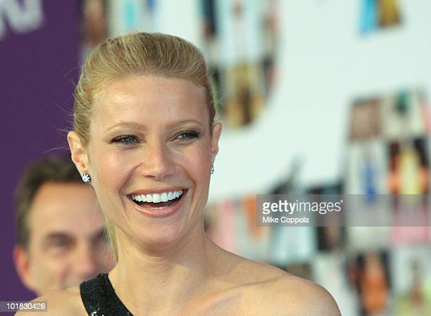 Actress Gwyneth Paltrow attends the 2010 CFDA Fashion Awards at Alice Tully Hall, Lincoln Center on June 7, 2010 in New York City.
