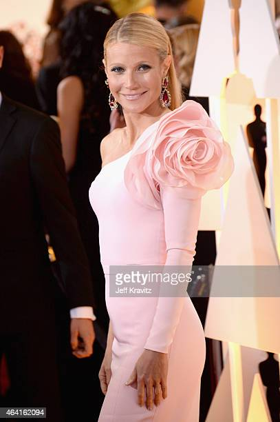 Actress Gwyneth Paltrow attends the 87th Annual Academy Awards at Hollywood & Highland Center on February 22, 2015 in Hollywood, California.