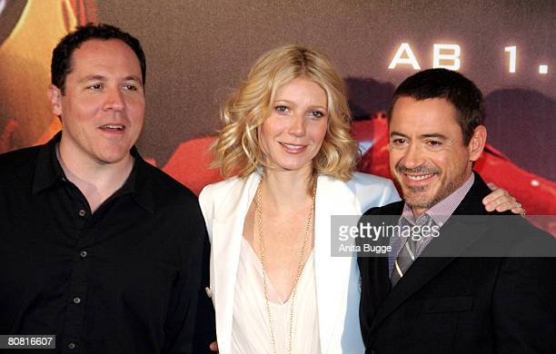 Actress Gwyneth Paltrow director Jon Favreau and actor Robert Downey Jr attend the photocall to the movie 'Ironman' at the RitzCarlton on April 22...