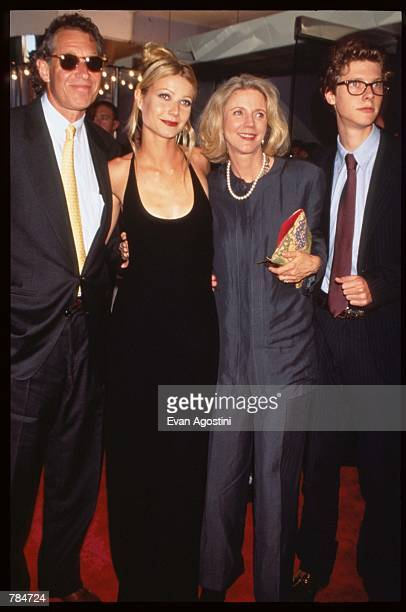 Actress Gwyneth Paltrow stands with parents Bruce and Blythe and brother Jake at the premiere of Emma July 22 1996 in New York City This adaptation...