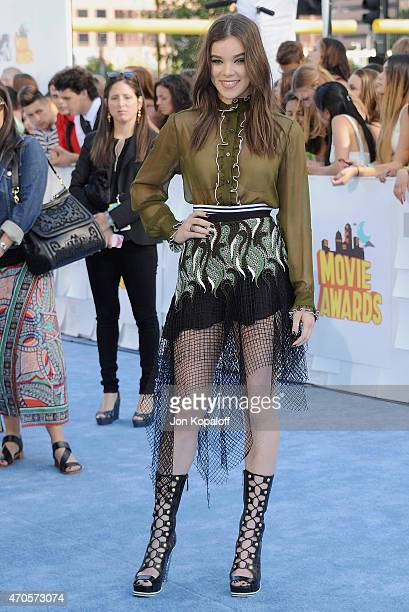 Actress Hailee Steinfeld arrives at the 2015 MTV Movie Awards at Nokia Theatre L.A. Live on April 12, 2015 in Los Angeles, California.