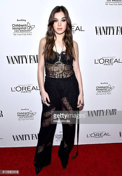 Actress Hailee Steinfeld attends a DJ night hosted by Vanity Fair L'Oreal Paris Hailee Steinfeld at Palihouse Holloway on February 26 2016 in West...