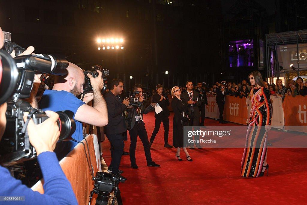 "2016 Toronto International Film Festival - ""The Edge Of Seventeen"" Premiere - Arrivals : News Photo"