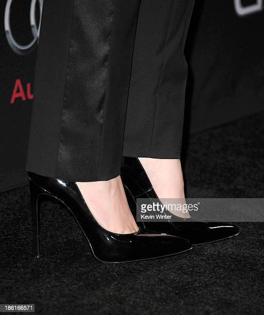 Actress Hailee Steinfeld attends the Premiere Of Summit Entertainment's 'Ender's Game' at TCL Chinese Theatre on October 28 2013 in Hollywood...