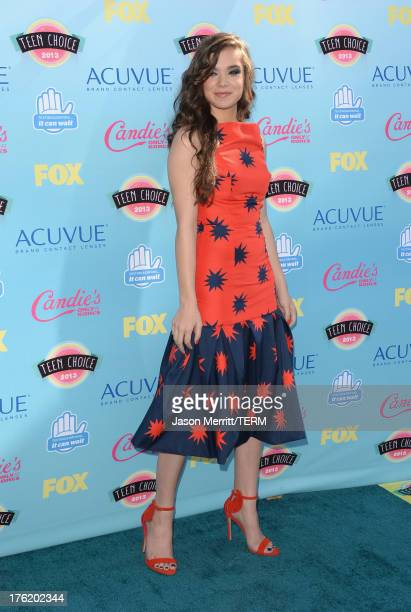 Actress Hailee Steinfeld attends the Teen Choice Awards 2013 at Gibson Amphitheatre on August 11 2013 in Universal City California