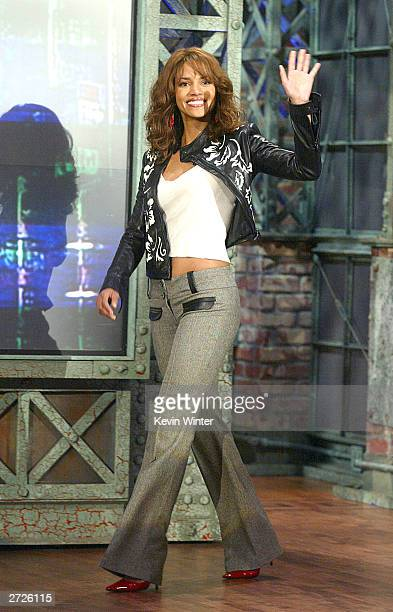 """Actress Halle Berry appears on """"The Tonight Show with Jay Leno"""" at the NBC Studios on November 13, 2003 in Burbank, California."""