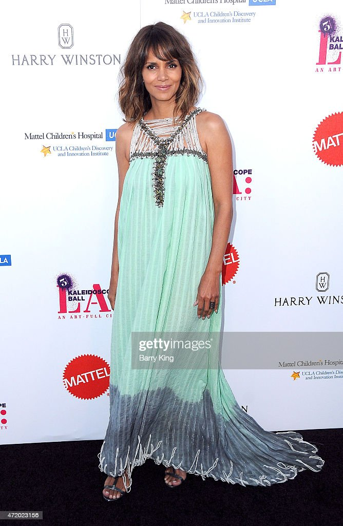 Actress Halle Berry arrives at Mattel Children's Hospital UCLA Kaleidoscope Ball at 3LABS on May 2, 2015 in Culver City, California.