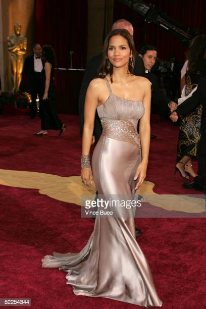 Actress Halle Berry arrives at the 77th Annual Academy Awards at the Kodak Theater on February 27 2005 in Hollywood California