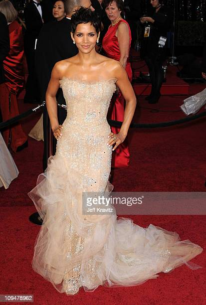 Actress Halle Berry arrives at the 83rd Annual Academy Awards held at the Kodak Theatre on February 27 2011 in Los Angeles California