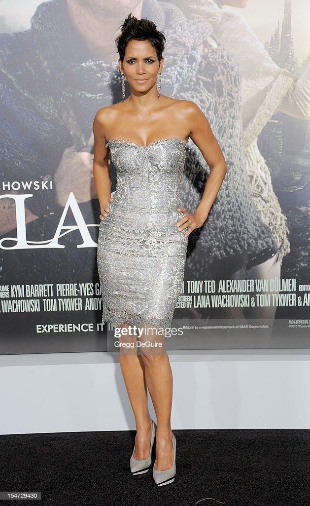 """""""Cloud Atlas"""" - Los Angeles Premiere - Arrivals : News Photo"""